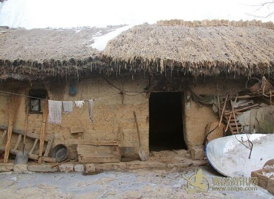 陇南贫困户居住的房子