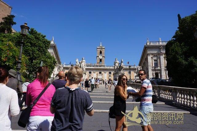 欧洲台阶式圆形广场